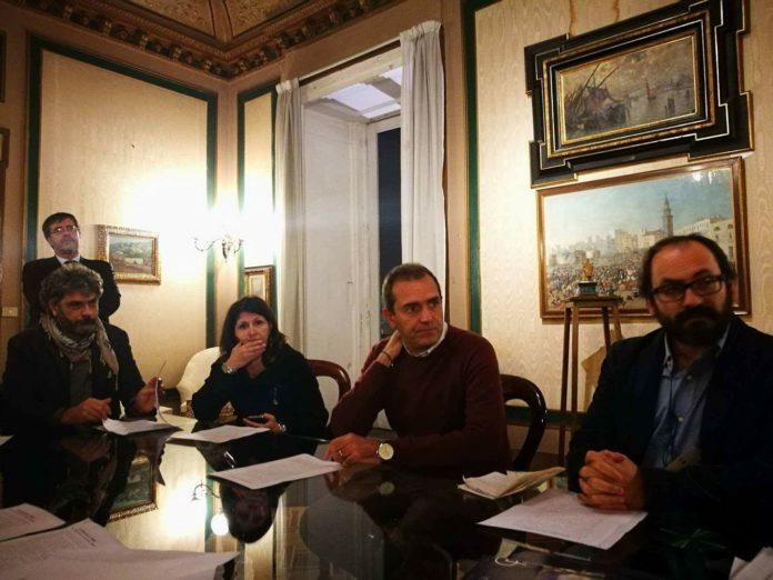 Lavoro autonomo, la Coalizione 27 febbraio apre un tavolo con Luigi de Magistris