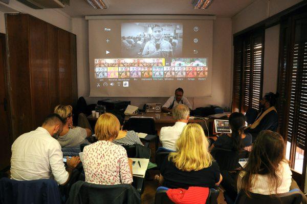 Mobile Journalism, il corso organizzato da Stampa Romana e tenuto da Nico Piro ed Enrico Farro